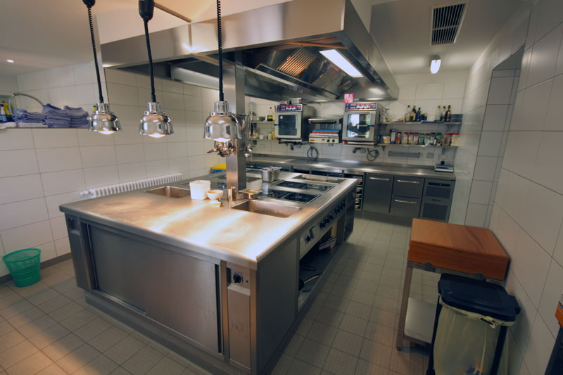 Grosskuchenplanung vom profi mit gastro service boden for Gastro küche